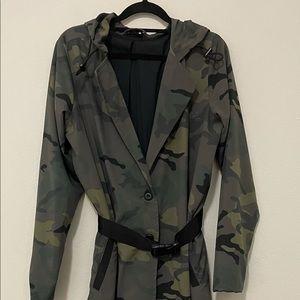 Amazing The Upside Coat